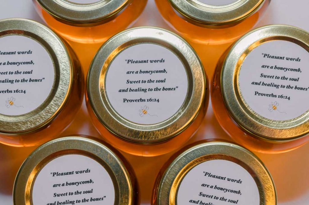 4oz.Honey Favor personalized round label