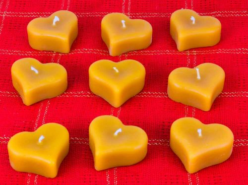 Beeswax Mini Floating Heart Candles