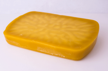 NJ Bulk Beeswax 1 pound